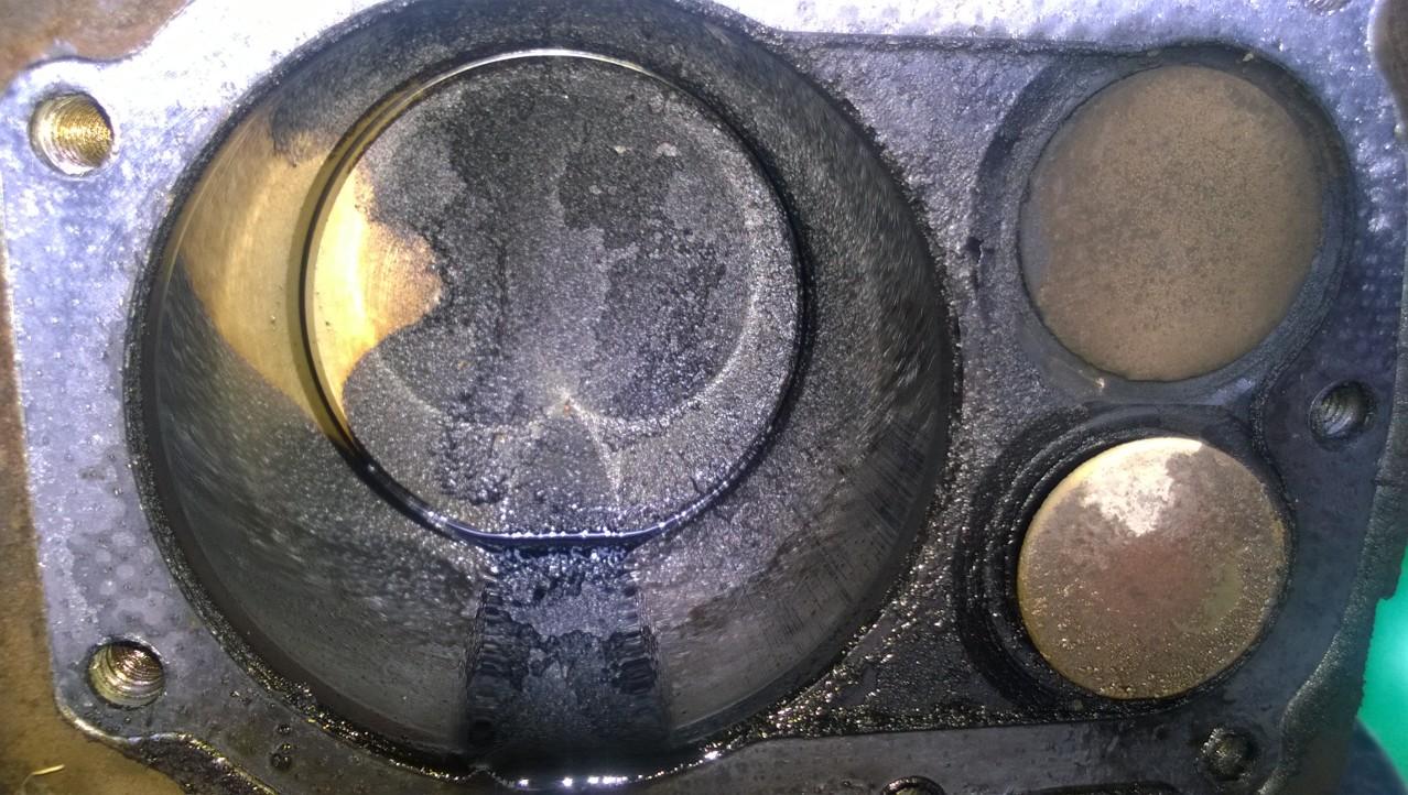 Briggs/281707/0195 - Silnik Briggs 12.5 HP, ci�ko odpala, zawory