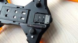 Dron TK111 jak zainstalowac karte sd?