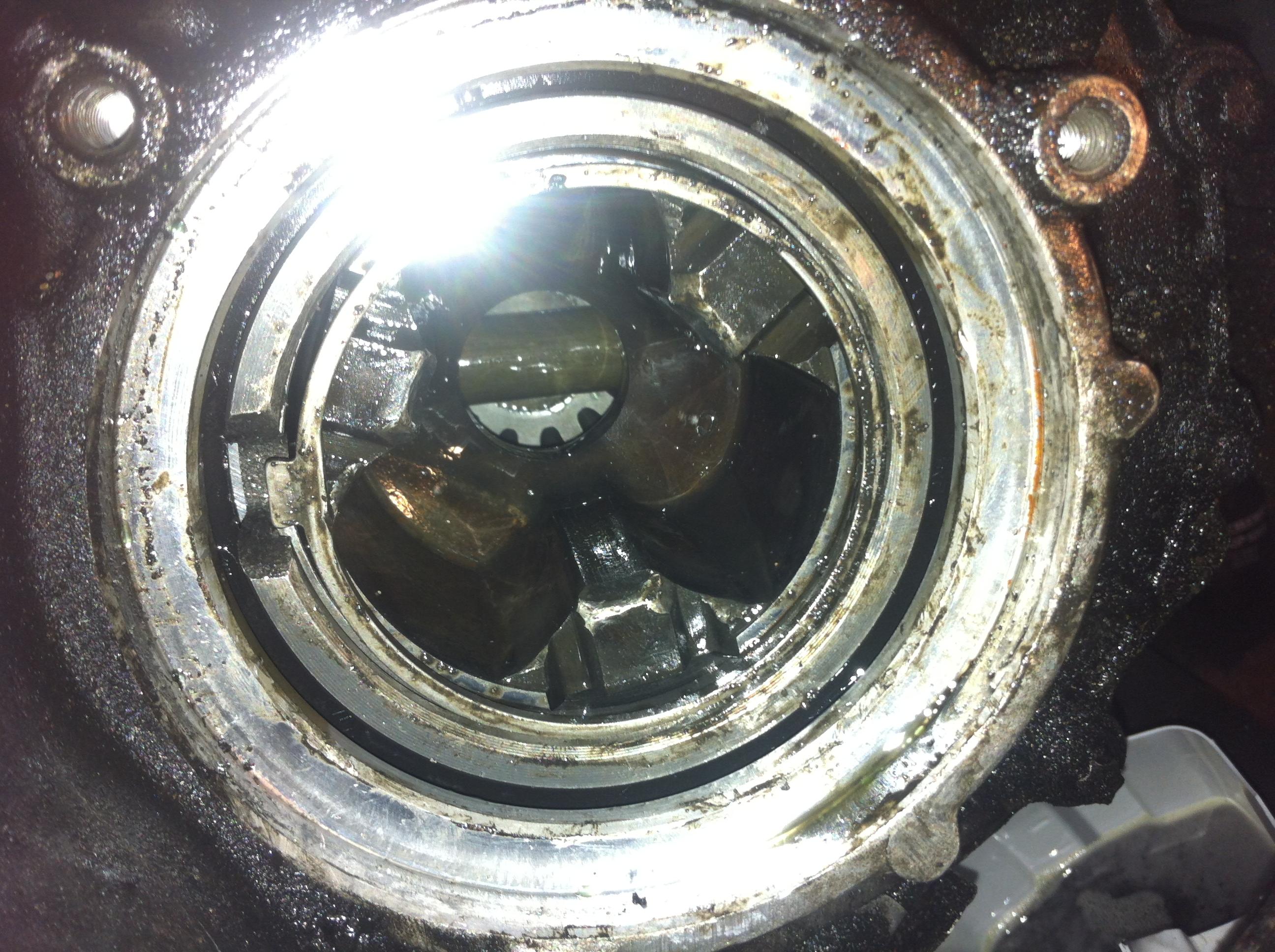 Bicie samochodu na boki pod g�r� i podczas obci��enia , uszkodzona skrzynia