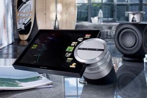 Bang & Olufsen BeoSound 5 Encore - cyfrowy system muzyczny z ekranem 10,1''