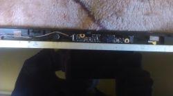 Acer e1-731g - Brak reakcji na zamknięcie klapy matrycy