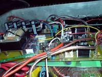 wzmacniacz 2x550W RMS/4R z zabezpieczeniami ,,po taniości''