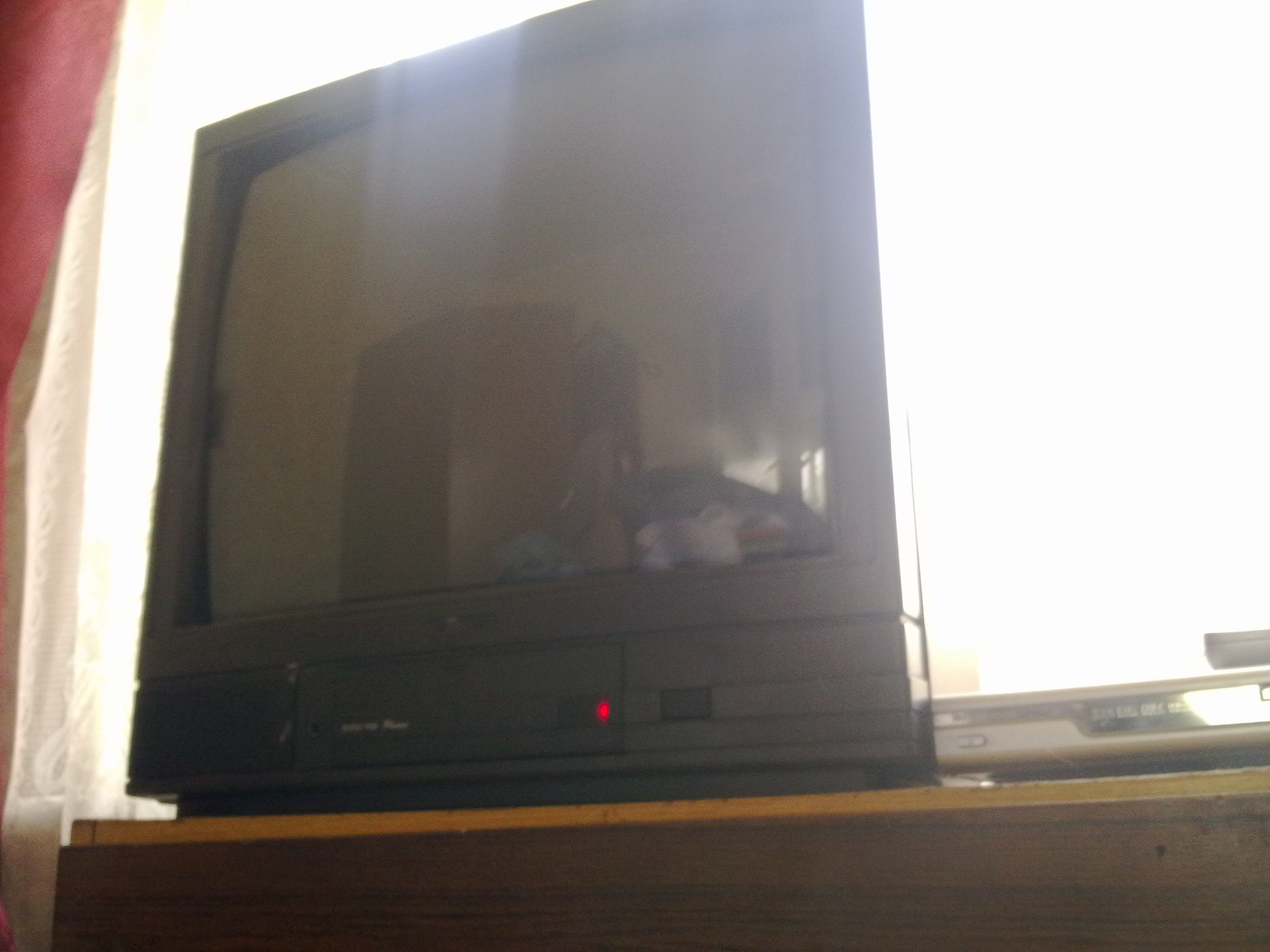 Telewizor z elektro�mieci- identyfikacja.