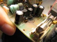 Subwoofer Tonsil FENIX (spalony kondensator przed stabilizatorem napięcia)