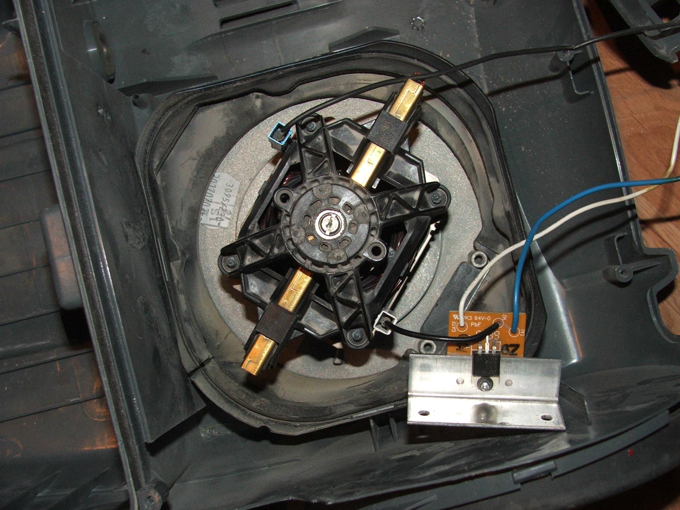 Demonta� odkurzacza Zelmer Jupiter 4000
