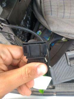 1J6035111 - Potrzebny opis pinów zmieniarki 6cd Vw Touareg 1J6035111