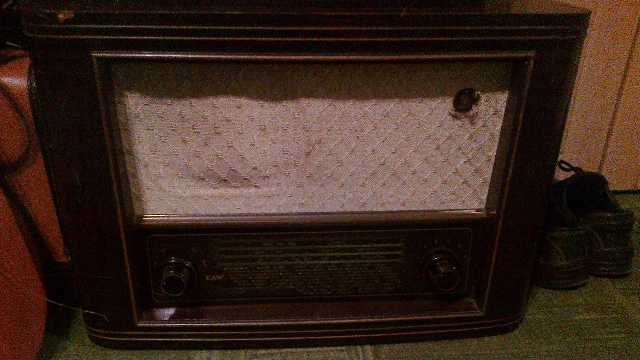 [Sprzedam] radia Pionier U oraz EAW AT-Super 660 wk3, 100z� za oba, nieaktualne