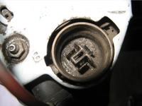 kłopot z podłączeniem alternatora (toyota) C-330