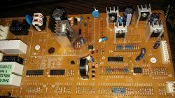 Lodówka Samsung RSA1DTMH - spalony układ scalony TOP223Y