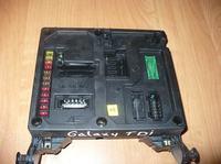 Seat Alhambra '99 -Alarm a czujniki drzwiowe.