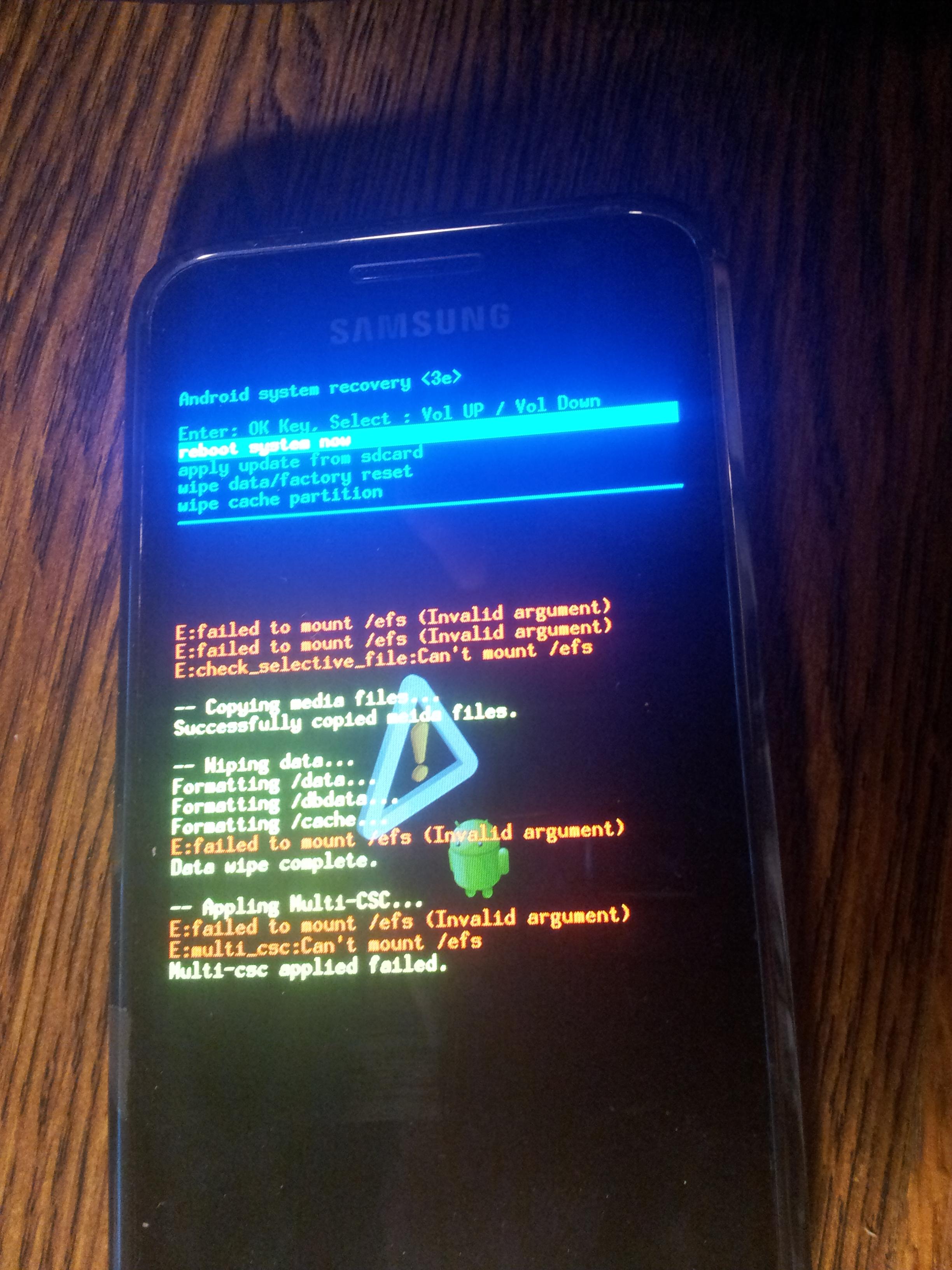 GALAXY S I9000 - Nie uruchamia si� po wgraniu roota, rootowaniu