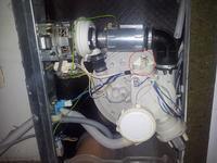 Zmywarka Whirlpool ADP 4710 przerywa cykl. Dioda mruga 4 razy.