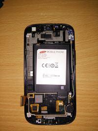 Samsung i9305 - Odrzucona reklamacja - rzekomo zalana płyta główna.