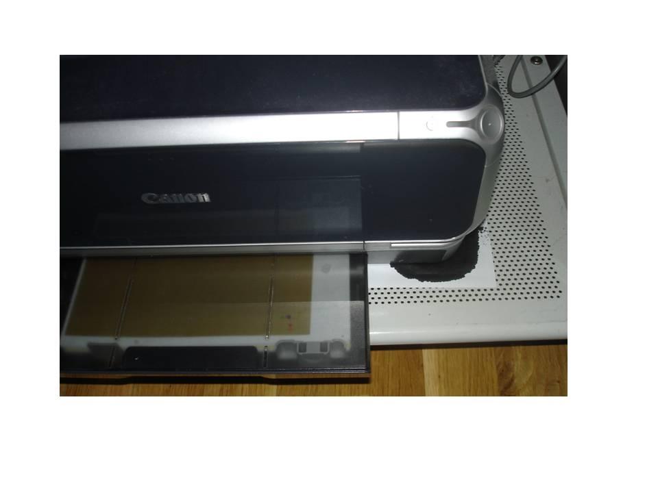 Canon Pixma IP 4000 - Cieknie czarny tusz