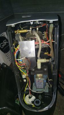 Tchibo Cafissimo typ 229575 model TCM 257434 - nie puszcza wody na głowicę