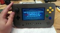 Przenośna konsola N64 zbudowana na oryginalnych cześciach