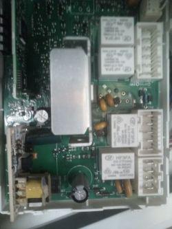 Indesit XWA 61251 W EU - migają wszystkie diody po wł. wtyczki do gniazda