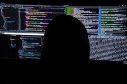 W jaki sposób radzić sobie w przypadku niebezpieczeństwa w sieci