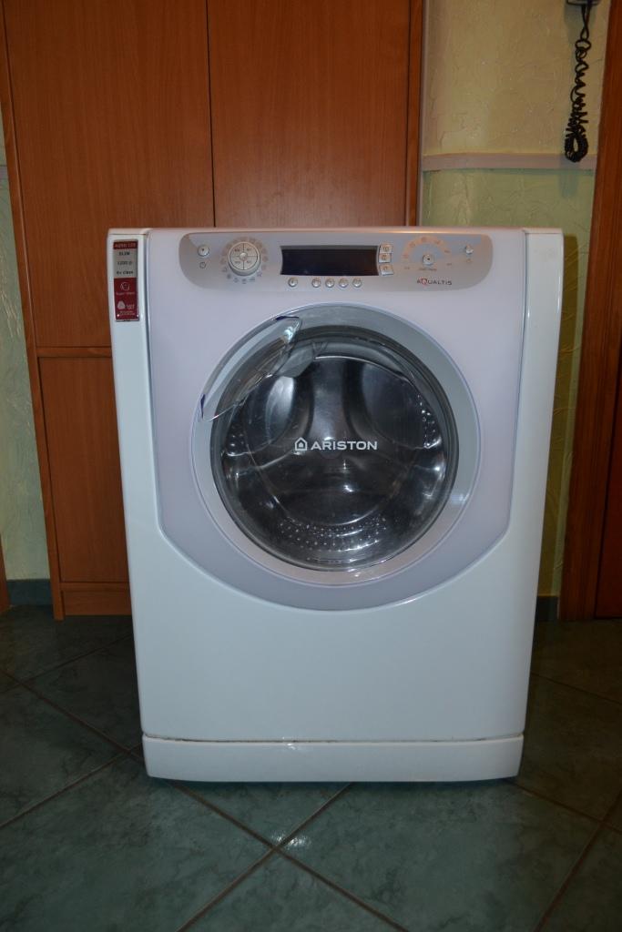 Witammam na sprzedaż pralkę na części marki ariston model aqsd129