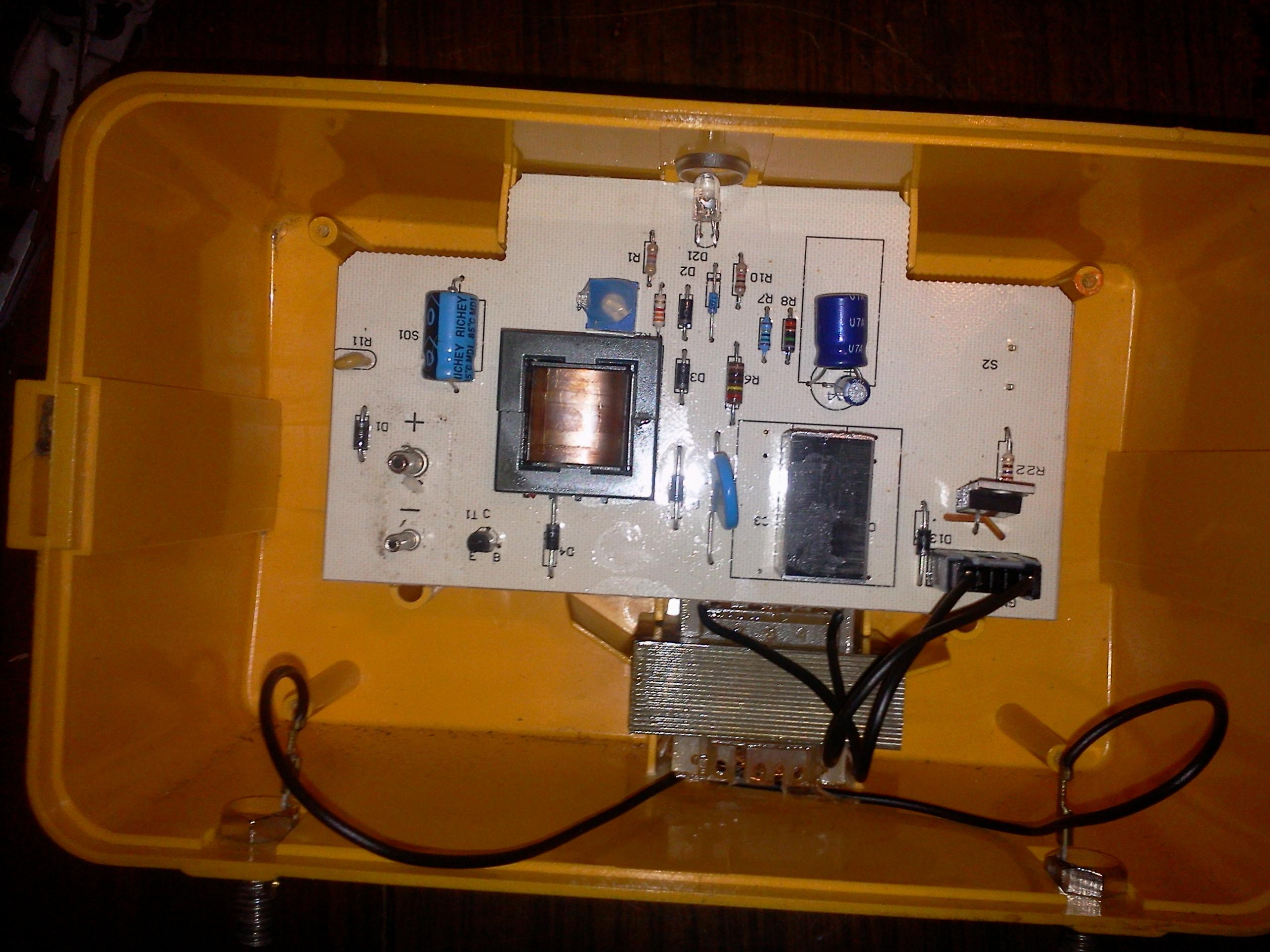 REDYK AB 200 - Spalony kondensator