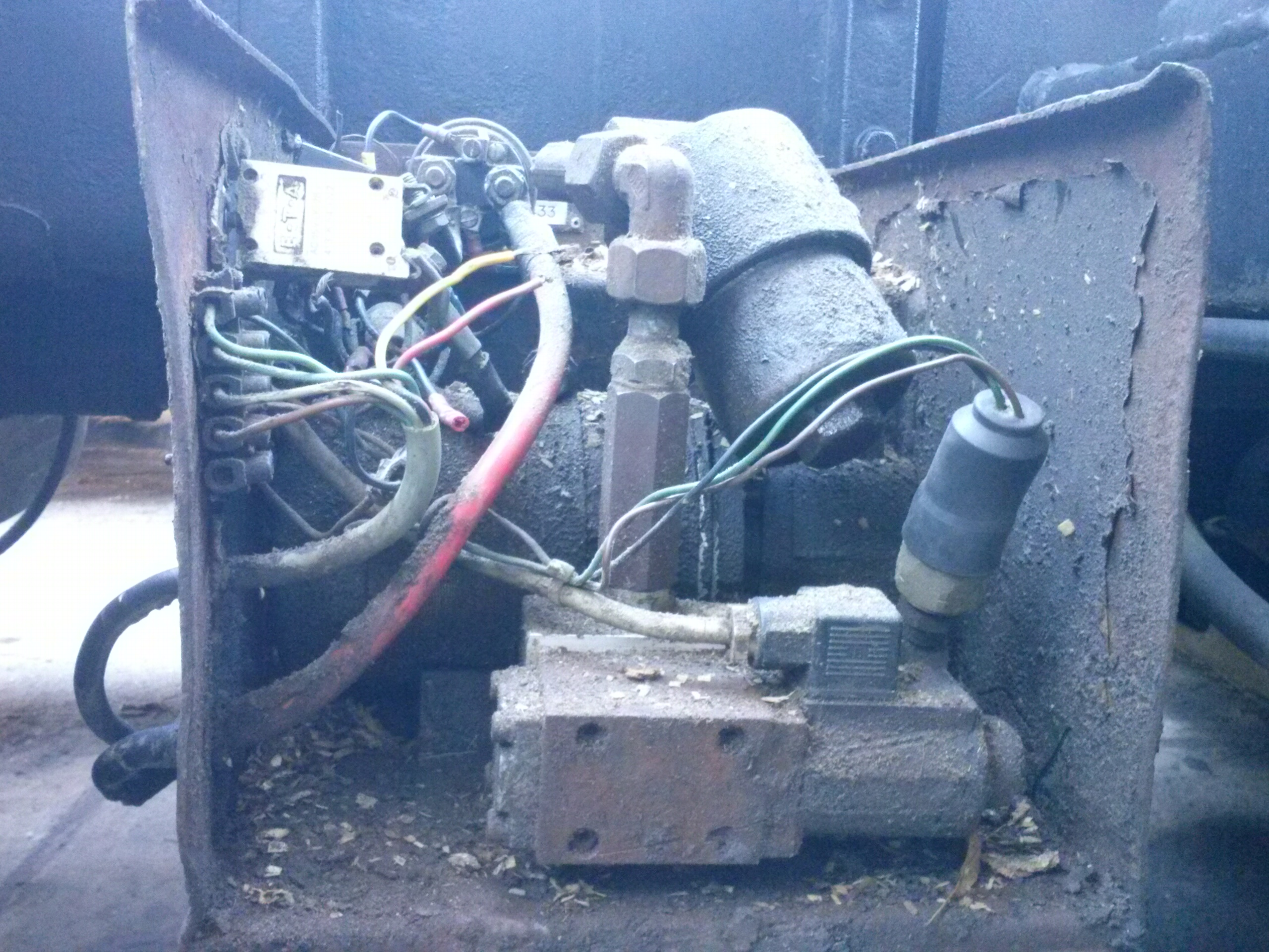 Scania - Rozrusznik zrobiony hydraulicznie na wyciagarke