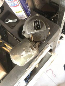 Star - Silnik wycieraczek jak podłączyć ze stykiem hamowania