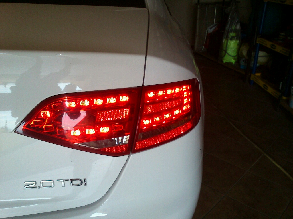 Audi A4 B8  - Tylne lampy LED - nie �wieci jedna dioda