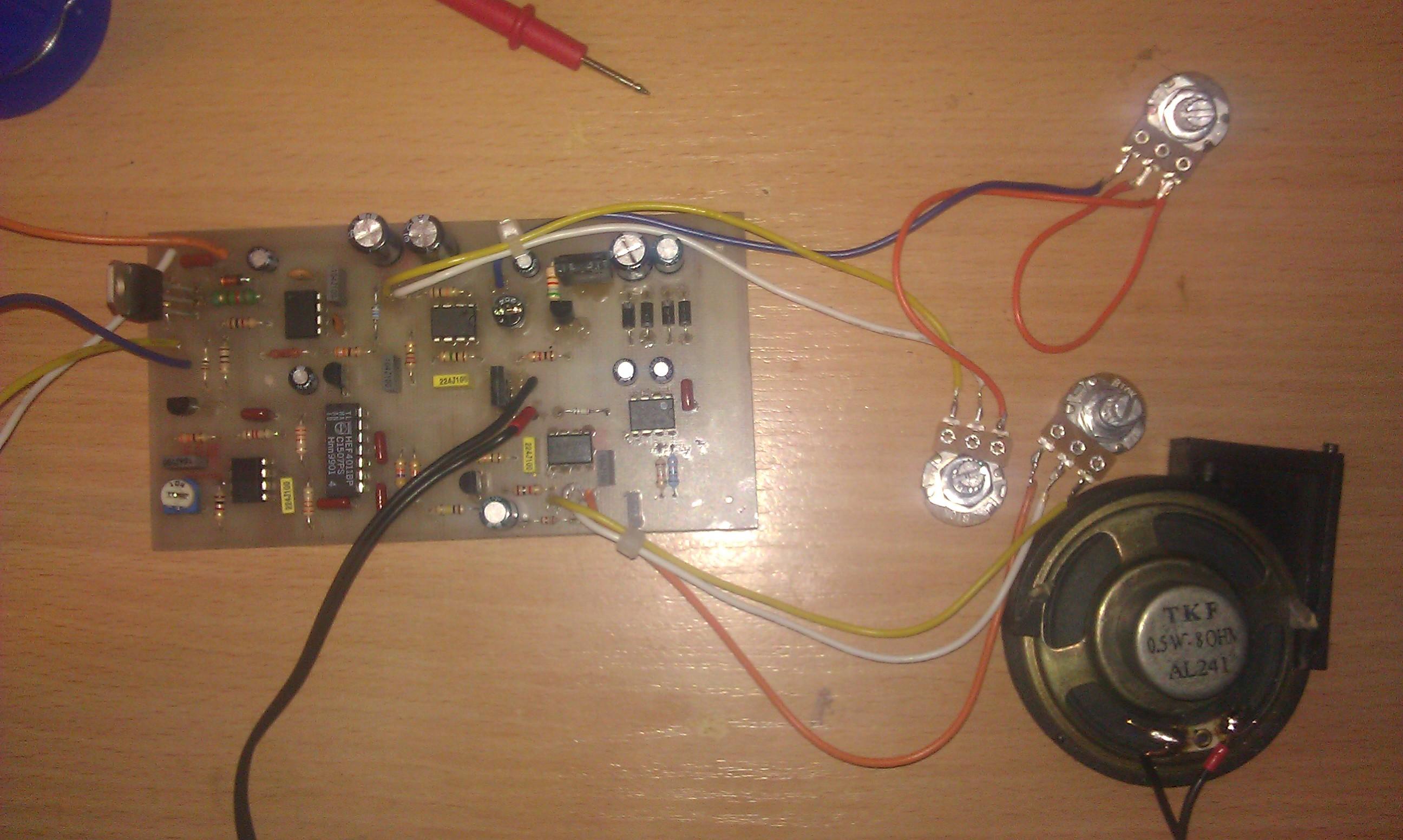 Wykrywacz metali PI - Grzanie si� generatora NE555
