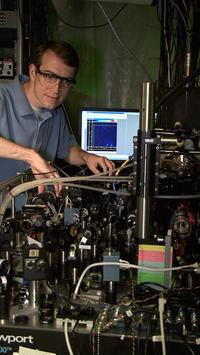 Pierwszy programowalny procesor kwantowy