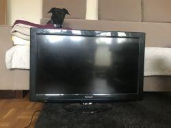 [Sprzedam] Sprzedam telewizor Panasonic TX-L32S20E