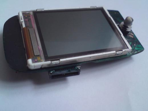 - 176=132 LCD, TFT, 65536 цветов, LS020 драйвер - Преобразователь A/C- ATMega 2 МГц, частота дискретизации...