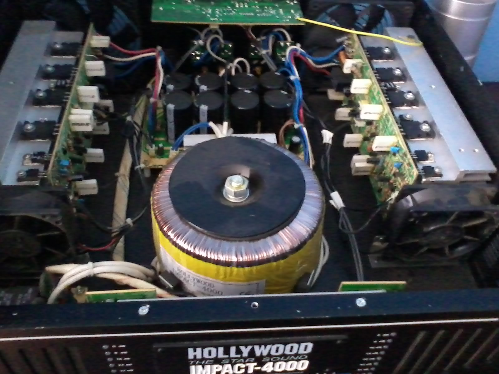 Hollywood Impact 4000 Mkii Brak Odzewu Końcówki