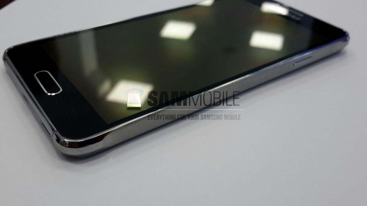 "Samsung Galaxy Alpha - smartphone z 4,7"" ekranem i Exynos ModAP"