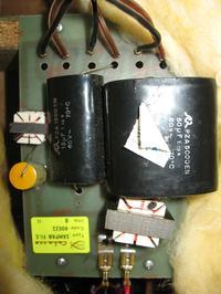 Wymiana kondensatorów w zwrotnicy.