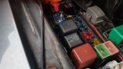toyota hilux 1jzgte - Zjada akumulator