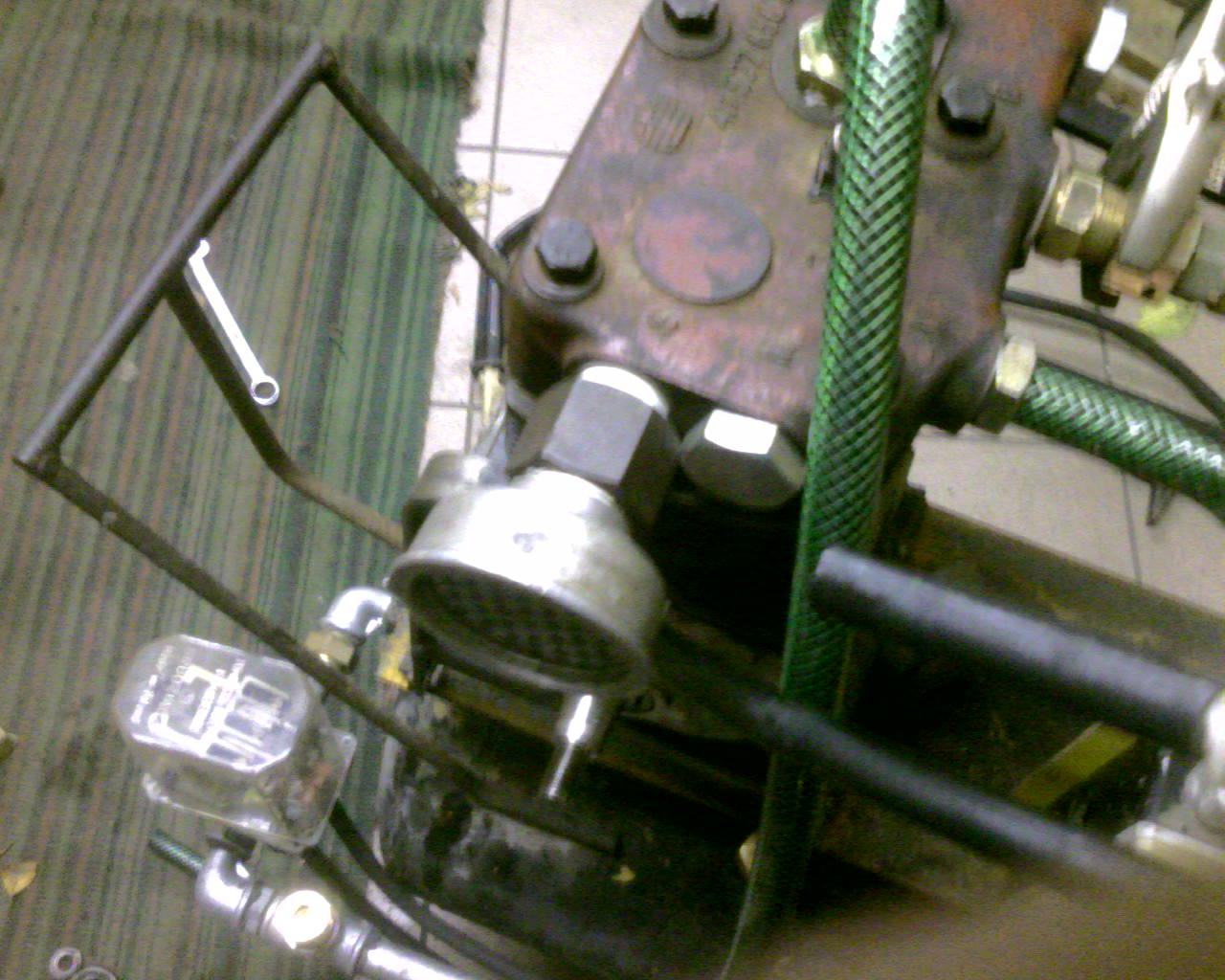 Kompresor t�okowy na spr�arce Jelcz 2-cyl.
