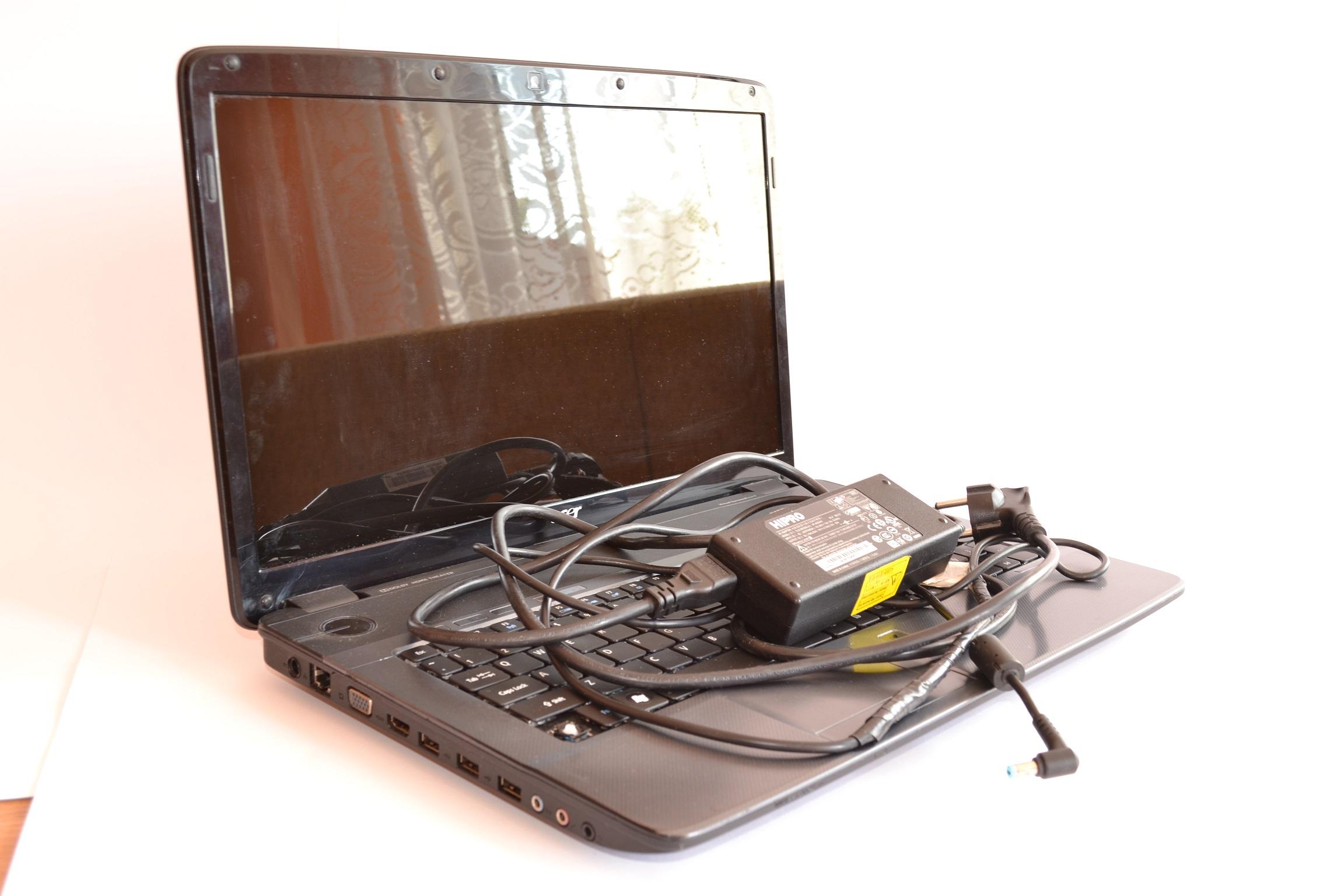 """[Sprzedam] Acer Aspire 7540G 2x2GHz 4GB 500GB 17,3"""""""
