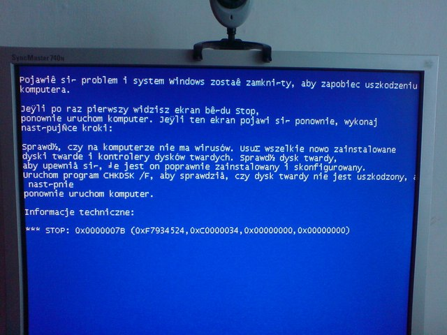 ASUS M2V-TVM i Blue Screeny