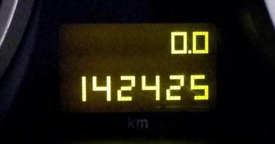 Opel Astra H - Naprawa wyświetlacza LCD od licznika km (przebieg) - domowe DIY