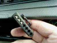 Clarion PU2294 jak podłączyć radio pod kierownicę w Ulysse