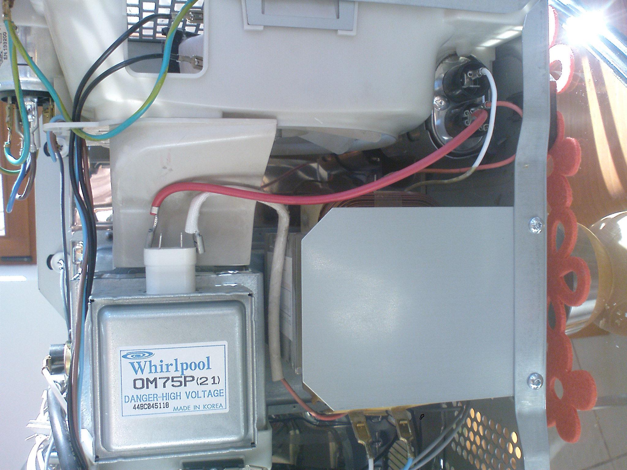 mikrofala whirlpool at326/wh = nie grzeje -cz�ciowo sprawna- po kr�tkim spi�ciu