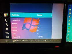 Samsung Syncmaster T220HD - Dziwny sposób wyświetlania obrazu