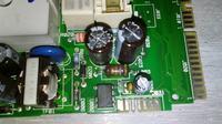 Whirlpool AWSE7000 - Nie włącza się, a wyświetlacz ciemny.