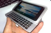 Smartphone Nokia N9 - slider z QWERTY pod kontrolą systemu MeeGo