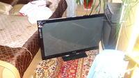 [Sprzedam]  telewizor  Panasonic Viera TX-P42UT30E. Uszkodzony.