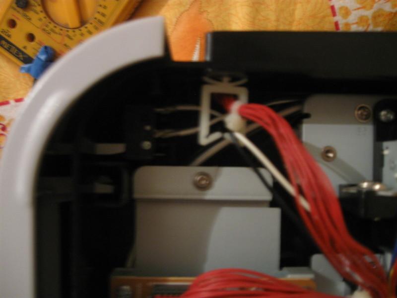 CLP300 - b��d otwarcia pokrywy mimo �e s� zamkni�te