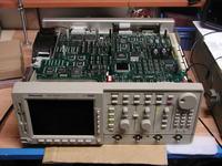 Oscyloskop Tektronix TDS520D nie rusza