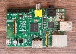 Odbiornik radia internetowego oparty o Raspberry pi 1. - pierwszy projekt.