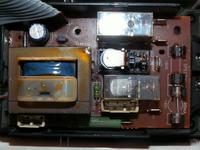 Mikrofala Whirlpool vip27 (M340) pali bezpiecznik 8A