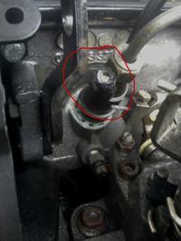 Golf 3 Diesel wyciek ropy pod �wiec�